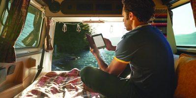 Kindle Paperwhite lifestyle image_5
