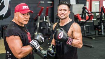 Keven-Mealamu-boxing-becky-hunt
