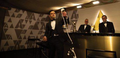 Rami-Malek-Champagne
