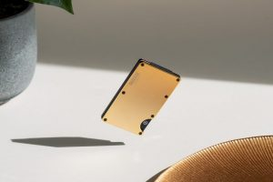 M2now.com - Your New Wallet Is Made Of 18 Karat Gold
